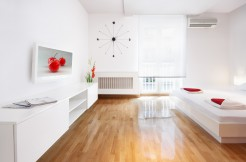 Cherry – Modern Studio – Ideal for Couples or Solo Travelers – From 39€
