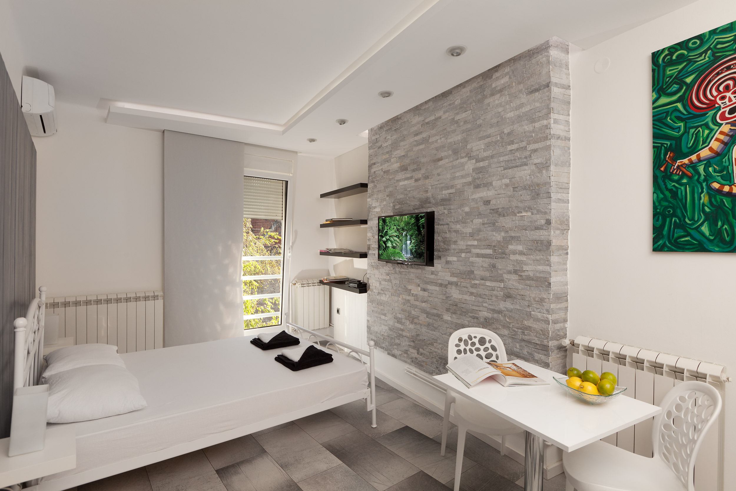 Studio 22 – Lux Studio – Ideal for Couples or Solo Travelers – From 39€